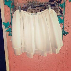 Flowy flirty skirt